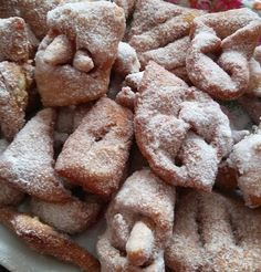 Helenkine dobroty - Kváskové špaldové fánky Cookies, Desserts, Food, Biscuits, Meal, Deserts, Essen, Hoods, Dessert
