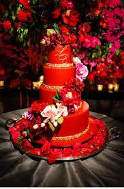 Ornate Red and Gold Wedding at the St. Regis - Be inspired by Laura & Evan's ornate red and gold wedding at the St. Regis in New York City Birdcage Wedding Cake, Wedding Cake Red, Beautiful Cakes, Amazing Cakes, Red Cake, Sugar Flowers, Red Flowers, Orchid Flowers, Cake Art