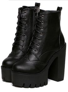 Black Chunky High Heel Hidden Platform Casual Boots US$40.00
