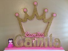 Princess photobooth frame and name Disney Princess Birthday Party, 1st Birthday Party For Girls, Princess Theme Party, Prince Birthday, Baby Shower Princess, Baby Party, Baby Birthday, Baby Boy Shower, Baby Shower Centerpieces