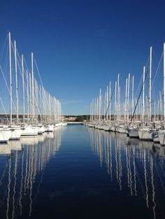 Biograd na moru in Croatia, has two modern and well equipped marinas with a large number of berths, a diverse offer of boats for charter and a large number of organised regattas make Biograd a meeting point for sailors from all over the world. Photo: Alexandra Kosmus #biograd #croatia #sailing #marina