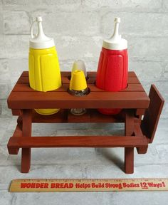 Woodworking Nightstand, Salt And Pepper Holder, Condiment Holder, Vintage Picnic, Ketchup, Picnic Table, Wood Working, Wood Projects, Mustard