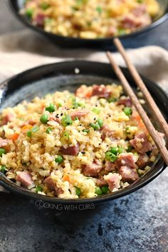 Ham Fried Rice - Quick and easy Ham Fried Rice is the perfect way to use up leftover ham. Paleo, and Keto options to keep it healthy too! Side Dishes Easy, Side Dish Recipes, Pork Recipes, Asian Recipes, Dinner Recipes, Cooking Recipes, Brunch Recipes, Dinner Ideas, Keto Recipes