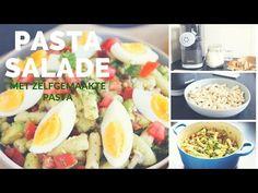 Op zoek naar een lekkere en zomerse pastasalade? Wat dacht je van deze pastasalade met avocado, gemaakt met zelfgemaakte pasta?!