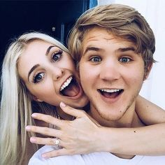 YouTube Stars Aspyn Ovard and Parker Ferris Are Engaged http://www.people.com/article/aspyn-ovard-parker-ferris-engaged Mackenzie doesn't this guy look like pat