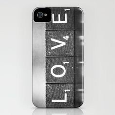 @Erin Borcherding -- When you get your iPhone you should get this case! :)