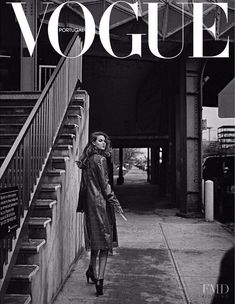 Publication: Vogue Portugal July 2017 Model: Lindsey Wixson Photographer: An Le Fashion Editor: Paulo Macareno Hair: Nabil Harlow Make Up: Niki Mnray PART II Gray Aesthetic, Black And White Aesthetic, Aesthetic Collage, Aesthetic Vintage, Aesthetic Photo, Aesthetic Pictures, Aesthetic Bedroom, Bedroom Wall Collage, Photo Wall Collage