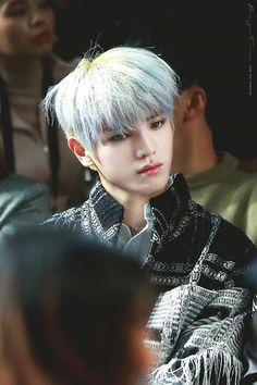 Just look at him so AGASJKFH #TY #TAEYONG #NCT