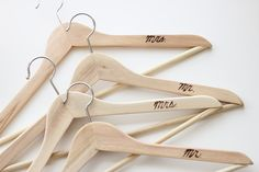 etched hangers (6 of 23)