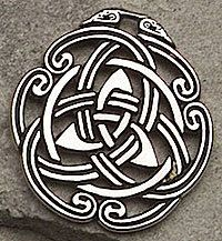 Celtic Peace Knot Pendant Necklace Triquetra Tranquil Mind Body Spirit Amulet | eBay