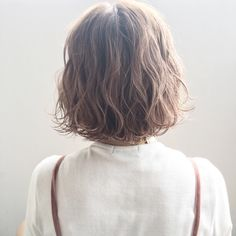 アンニュイ揺れウェーブ シルキーグレージュ 色っぽボブ☆ Asian Short Hair, Short Wavy Hair, Short Hair Cuts For Women, Cut My Hair, Love Hair, Medium Hair Styles, Curly Hair Styles, Shot Hair Styles, Hair Arrange