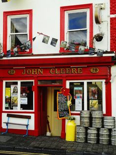 John Cleere's pub--if you're near Kilkenny on a Monday night, be here!