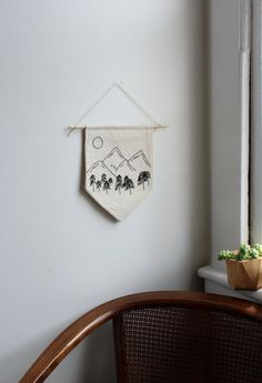 Pacific Northwest Mountains Wall Banner Hand Stitched Embroidery Art Gift for Outdoors Lover PNW Decor Hiking Inspired Art Dorm Decor Hand Embroidery Stitches, Crewel Embroidery, Hand Embroidery Designs, Vintage Embroidery, Embroidery Techniques, Cross Stitch Embroidery, Hand Stitching, Embroidery Letters, Embroidery Machines