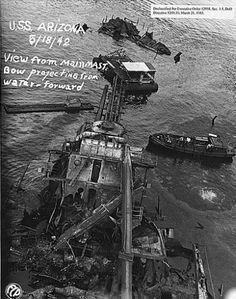 USS Arizona View from main mast Bow projecting from water forward FCP NARA 296936 Naval History, Us History, Military History, Pearl Harbor Day, Pearl Harbor Attack, Uss Oklahoma, Remember Pearl Harbor, Us Battleships, Uss Arizona
