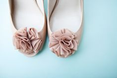 cute shoe shot  Photography By http://kellydillonphoto.com