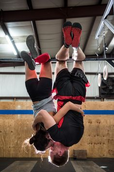 Crossfit-themed engagement photos... you guys should do anniversary pics like this