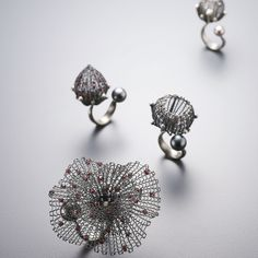 Rings Sterling silver (oxidized), garnet, south sea pearl Sowon joo