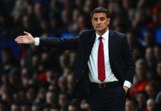 Mal arranque del Atletico de Madrid en la Champions, en parte, por culpa de Michel, entrenador del Olympiakos.   http://tublogdeldeporte.blogspot.com.es/2014/09/mal-inicio.html