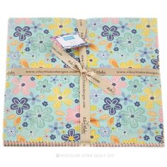 1000+ images about Grand s fabrics on Pinterest Missouri star quilt, Layer cakes and Whistler