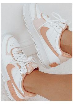 @𝚜𝚔𝚢𝚕𝚊𝚛𝚜𝚊𝚛𝚊𝚑𝚑 #trendy #shoes #sneakers #trendyshoessneakers Dr Shoes, Swag Shoes, Cute Nike Shoes, Cute Sneakers, Nike Air Shoes, Hype Shoes, Cute Nikes, Pink Nike Shoes, Summer Sneakers