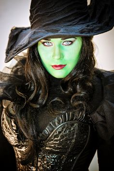 Elphaba from Wicked by CAJCosplay - Space City Con 2013