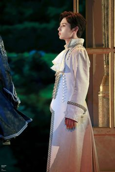 Nu Est Minhyun, Picture Credit, Pledis Entertainment, Yoona, Marie Antoinette, Beautiful, Dresses, Kpop, Bts Memes