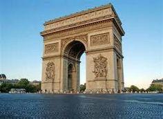 L'Arc de Triomphe ♥♥♥ ♥