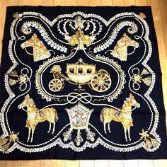 エルメス、スカーフ、フランス製、馬、馬車、ブラック×ゴールド、シルク100%、エルメスらしく華やかです、未使用保管品の1番目の画像