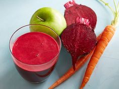 I made this one but replaced one of the beets with a handful of spinach. It was very earthy but not to bad. Beet-Carrot-Apple Juice recipe from Food Network Kitchen via Food Network Smoothies Detox, Juice Smoothie, Detox Juices, Simple Smoothies, Breakfast Smoothies, Detox Drinks, Detox Your Liver, Liver Cleanse, Juice Cleanse