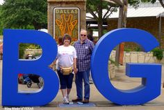 Memorial Day 2013 -- GOT BLING? BlingBlinky.com zooming at THE DALLAS ZOO