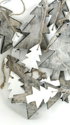 Textured garland for the tree. #Christmas #decorations