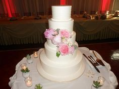 Wedding cake at Independence Grove on 6-28-14.