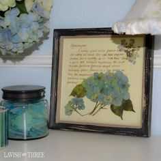 Romantic Blue hydrangea print in cottage chic wood frame decor Shabby Chic Bedrooms, Shabby Chic Homes, Shabby Chic Decor, Romantic Cottage, Cottage Chic, Cottage Style, Shabby Vintage, Vintage Floral, Hydrangea Painting