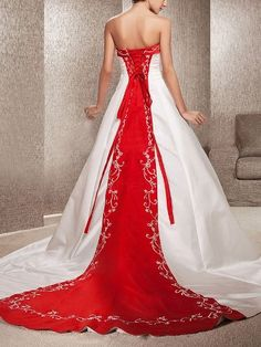 I looooove red & white wedding dresses!!!!