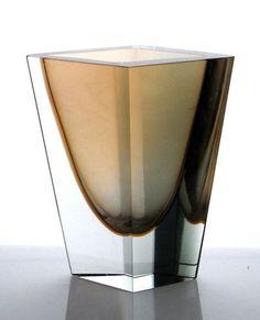 Kaj Franck Prisma Vase Signed Nuutajärvi | eBay Grey And Gold, Colored Glass, Minerals, Glass Art, Cool Designs, Sculptures, Lassi, Dishes, Image