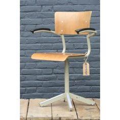 Vintage // Vintage bureaustoel - 89.00 euro