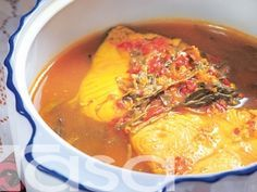 Asam Rebus Ikan Tenggiri Malaysian Cuisine, Tasty Dishes, Thai Red Curry, Chili, Soup, Ethnic Recipes, Foodies, Chilis, Soups