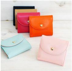 MochiThings.com: Crown Mini Wallet