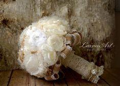 #rustic #wedding #flowers #bridal #bouquet #burlap #brooch #bouguet