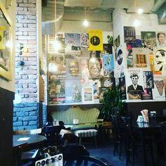 ready for breakfast 😍 #vienna #breakfast #burgring #igersvienna #hungry #niceplace #coffee #silvesterbrunch #freundinnen #mädelsbrunch The Good Place, Brunch, Photo Wall, Breakfast, Instagram, Home Decor, Girlfriends, Morning Coffee, Photograph