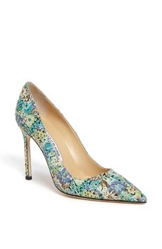 Definitely need a pair of Manolo Blahnik floral pumps this season!