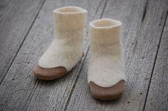 Baby Booties Leather & Wool Eco Friendly Size 1224 door WoolyBaby, $38,00