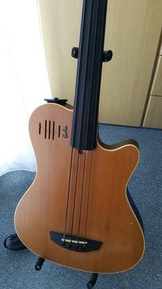 Guitar Musical Instrument, Jazz Guitar, Cool Guitar, Musical Instruments, Custom Bass Guitar, Guitar Shop, Custom Guitars, Rare Guitars, Fender Guitars