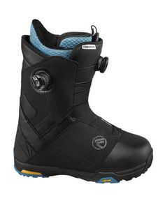 FLOW HYLITE FOCUS SNOWBOARD BOOTS 2016 UK The Hylite from Flow Snownboards is second in command in the Flow boot range offering all the high end tech in a slightly softer package in comparison to the top dog the Talon. It still uses the same Focus Boa system to close the boot for a true customisable fit with upper and lower BOA zones. #snowboard #snowboardboots #flowhylitefocussnowboardboots #colourblack