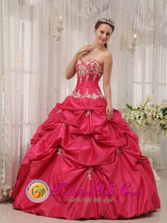 Coral Springs Florida Formal Quinceanera Dress With Coral Red Appliques Decorate Sweetheart Neckline, Gorgeous Quinceanera Dresses, quinceanera gowns & dresses