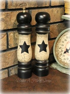 Prim up your old wooden salt and pepper shakers cheap and easy PRIM project a little paint a little work!!!