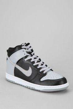 Nike Dunk High-Top Sneaker