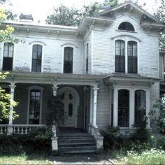Goldsboro, North Carolina    http://www.thisoldhouse.com/toh/photos/0,,20208091_20473901,00.html
