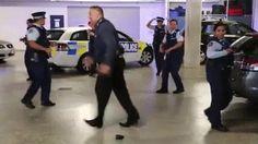 Les policiers Américains sont vraiment trop cool !!