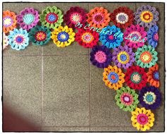How to make crochet flower curtains - Simple Craft Ideas Crochet Curtain Pattern, Crochet Basket Pattern, Crochet Curtains, Curtain Patterns, Crochet Crafts, Crochet Yarn, Crochet Flowers, Crochet Ideas, Flower Curtain